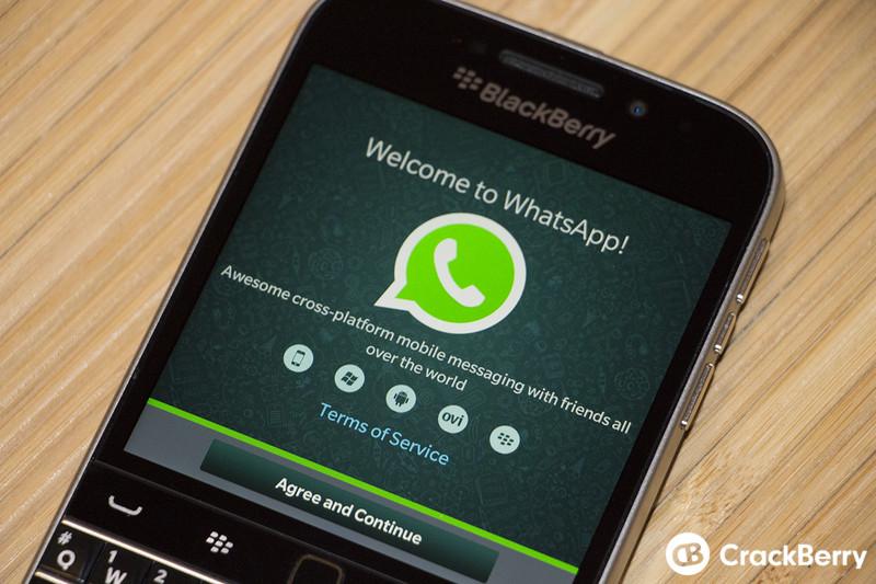 whatsapp-blackberry-classic-bloeh