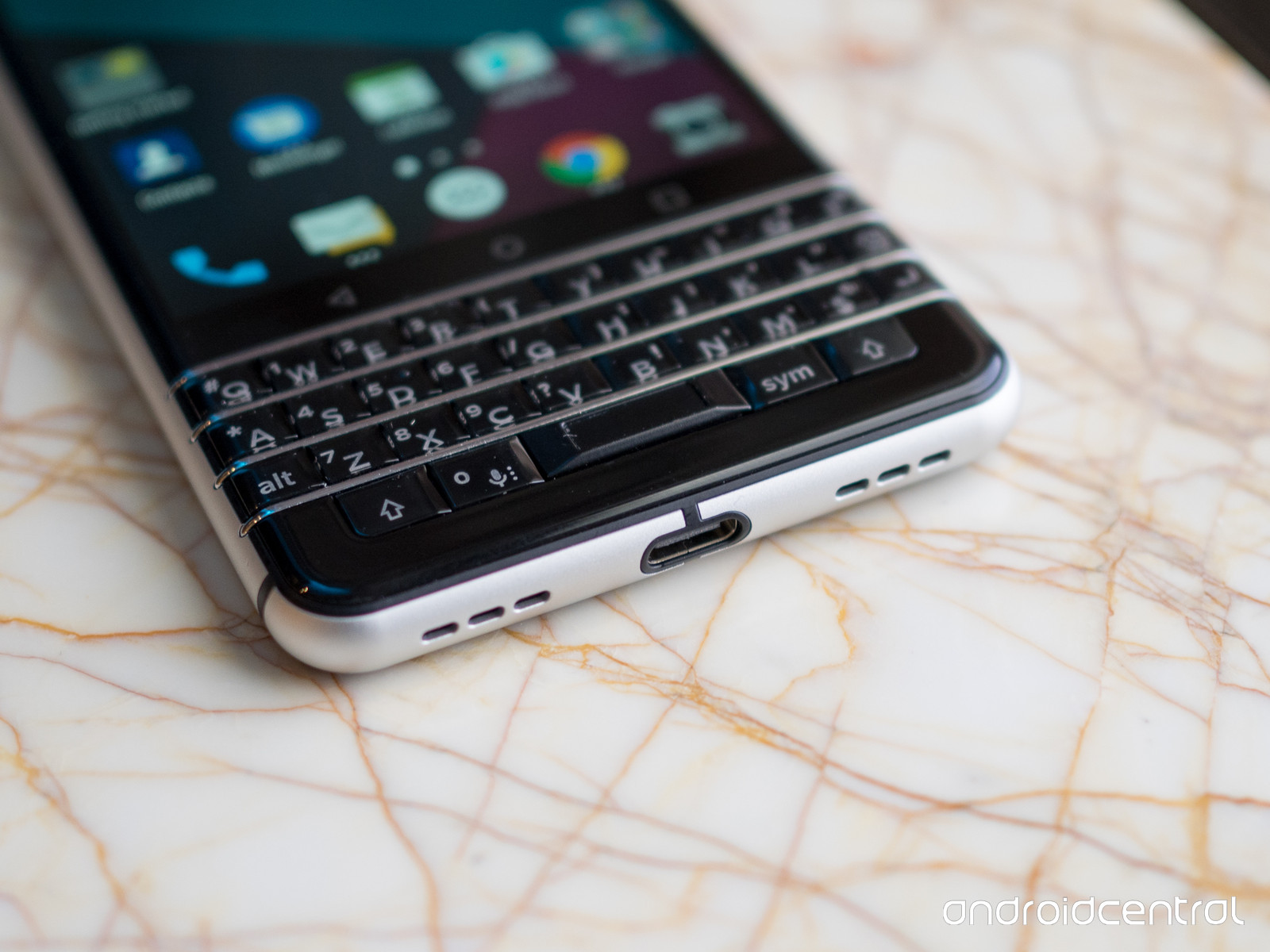 blackberry-mercury-hands-on-12